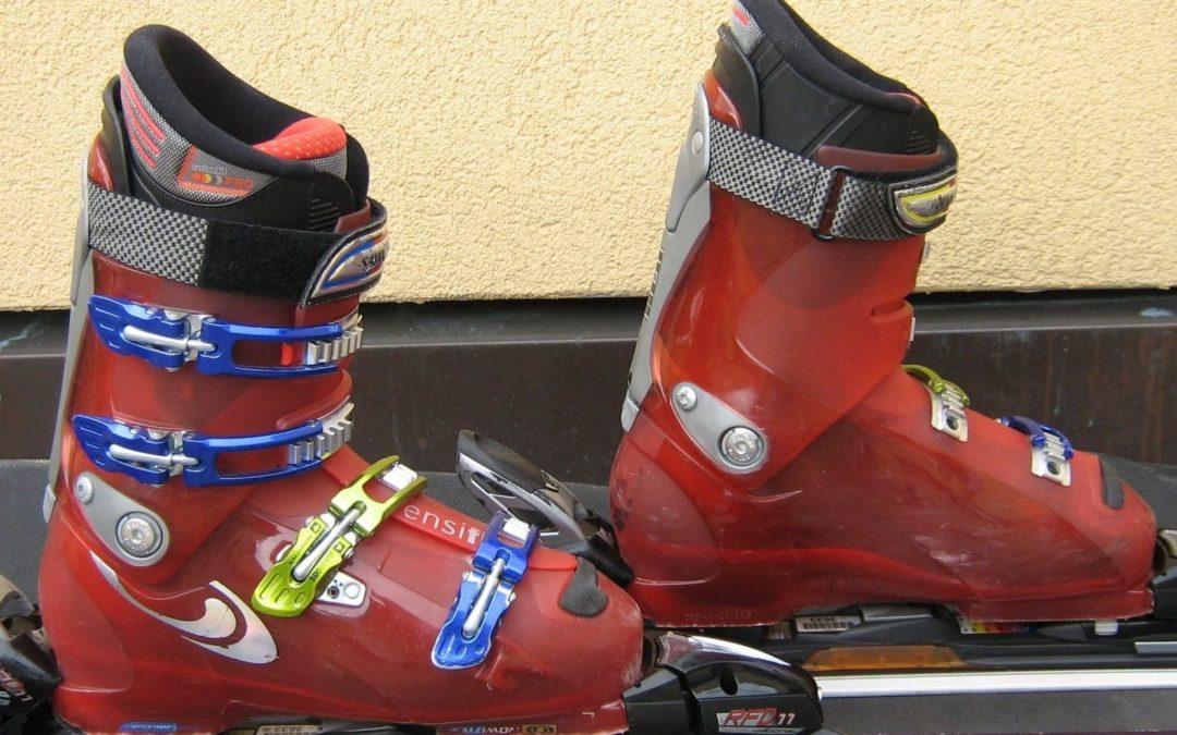 Cómo ajustar unos esquís: descubre las claves